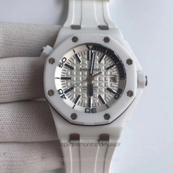 Réplique Montre Audemars Piguet Royal Oak Offshore Plongeur 15707 XF Blanc Ceramic Blanc Dial