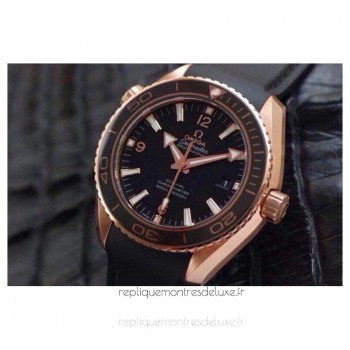 Réplique Omega Planet Ocean Professional 42MM Or rose Noir Dial