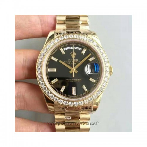 5b44c58d8e8b9 Réplique montre Day-Date 40 228398TBR 40MM or jaune et diamants cadran noir