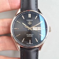 Replique Tag Heuer Carrera Calibre 5 Day-Date 41MM WAR201A. FC6266 Stainless Steel Black Dial Calibre 5 FC6266 Acier inoxydable Black Dial Calibre 5